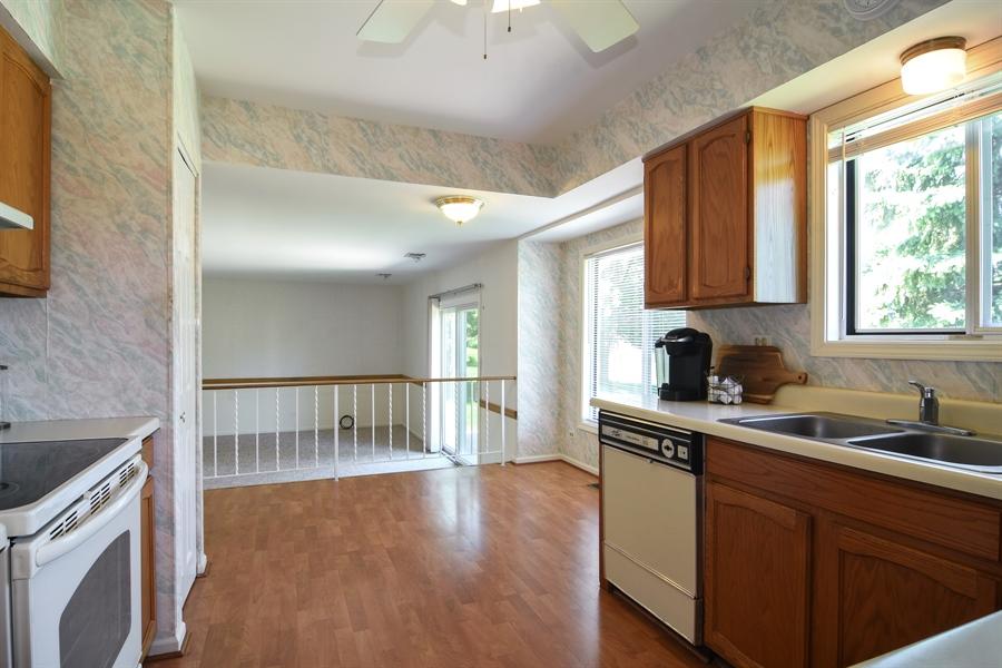 Real Estate Photography - 101 E Harbor Drive, Lake Zurich, IL, 60047 - Kitchen