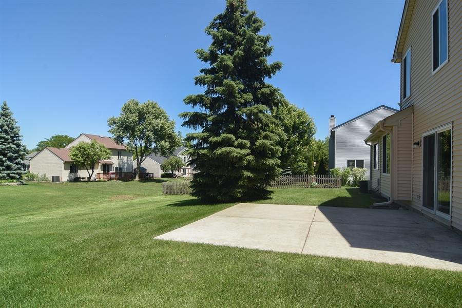 Real Estate Photography - 101 E Harbor Drive, Lake Zurich, IL, 60047 - Patio