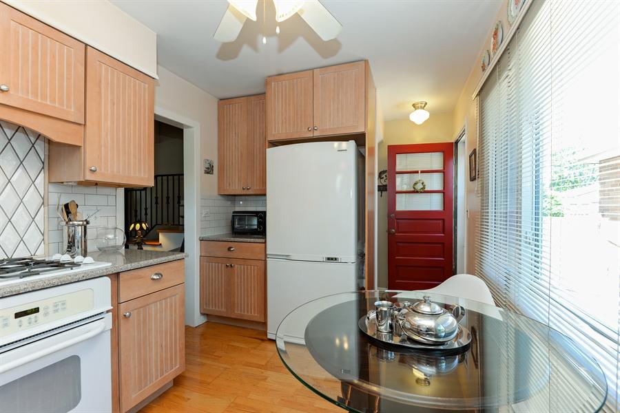 Real Estate Photography - 8206 Springfield Ave, Skokie, IL, 60076 - Kitchen / Breakfast Room