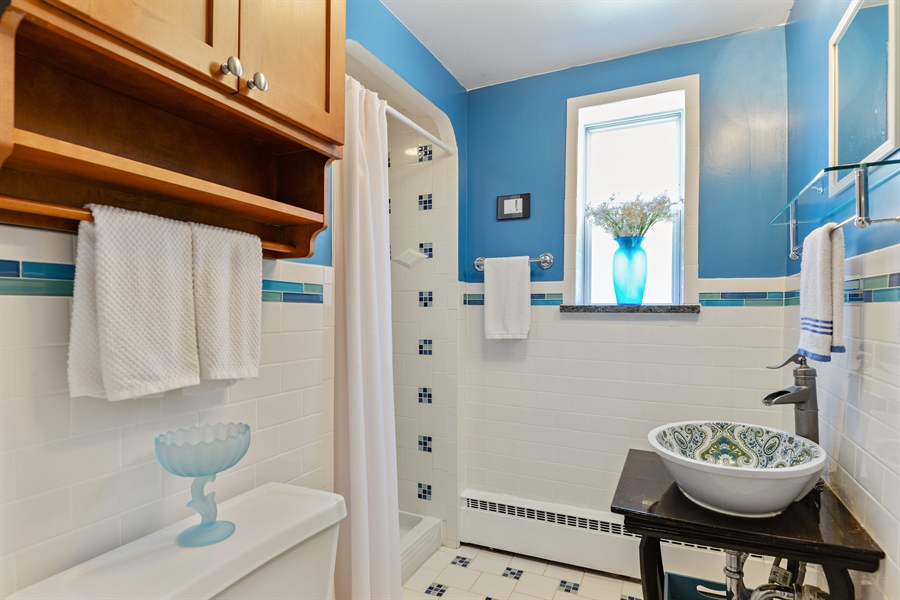 Real Estate Photography - 8206 Springfield Ave, Skokie, IL, 60076 - 2nd Bathroom
