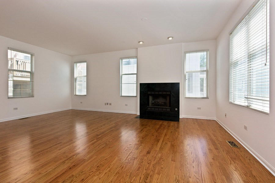 Real Estate Photography - 2847 N Wolcott, Unit #B, Chicago, IL, 60657 - Living Room