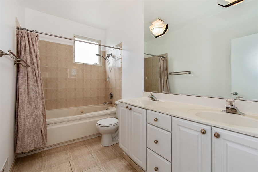 Real Estate Photography - 2847 N Wolcott, Unit #B, Chicago, IL, 60657 - Master Bathroom
