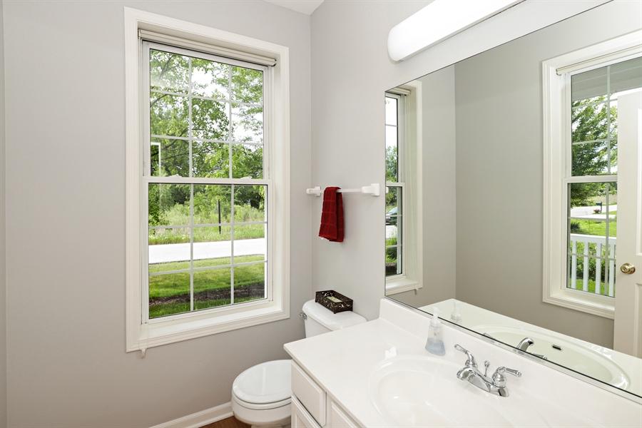 Real Estate Photography - 1128 Hedgerow Dr, Grayslake, IL, 60030 - Half Bath