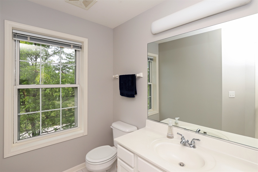 Real Estate Photography - 1128 Hedgerow Dr, Grayslake, IL, 60030 - 2nd Bathroom