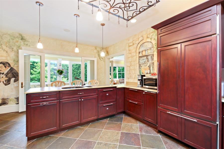 Real Estate Photography - 95 Leonard Wood, Highland Park, IL, 60035 - Kitchen
