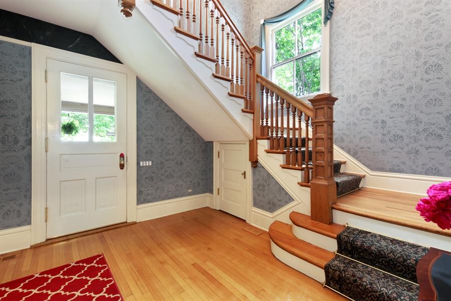 Real Estate Photography - 95 Leonard Wood, Highland Park, IL, 60035 - Foyer