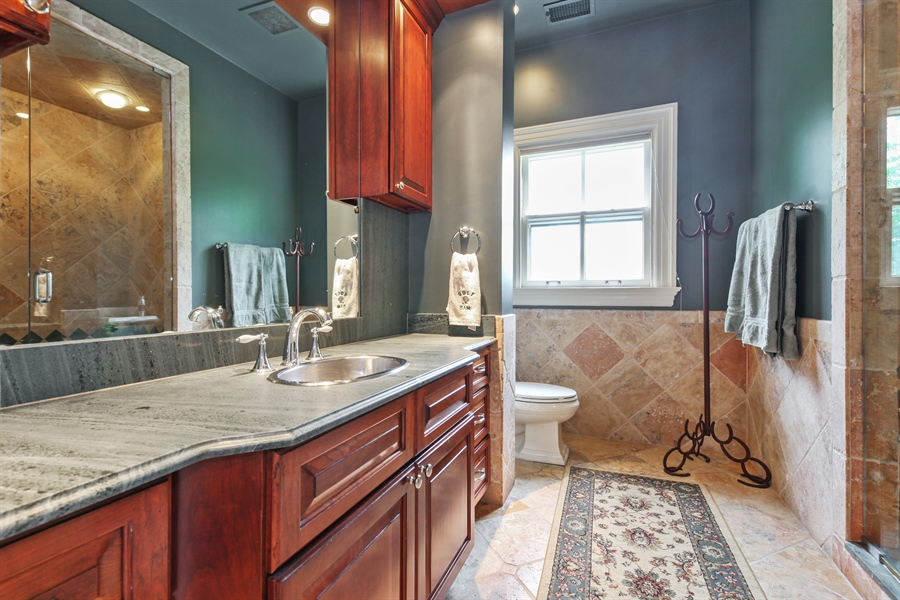 Real Estate Photography - 95 Leonard Wood, Highland Park, IL, 60035 - 2nd Bathroom