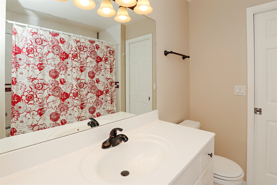 Real Estate Photography - 645 Wilbur, Gurnee, IL, 60031 - Master Bathroom