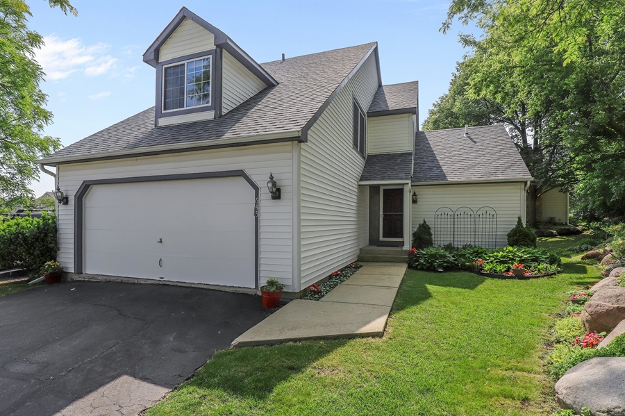 Real Estate Photography - 645 Wilbur, Gurnee, IL, 60031 - Front View