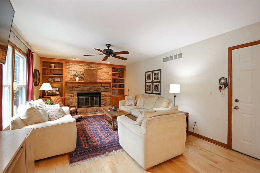 Real Estate Photography - 910 Manley, St Charles, IL, 60174 - Living Room