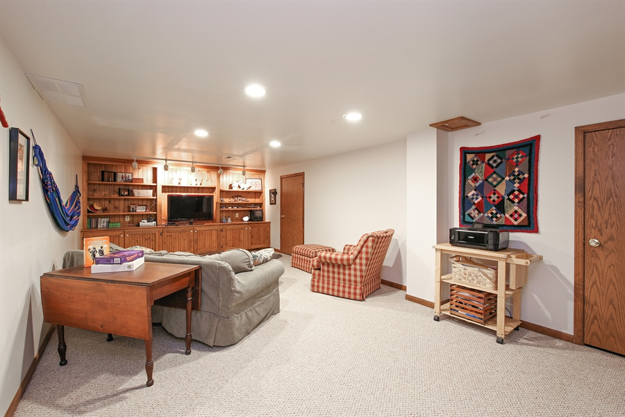 Real Estate Photography - 910 Manley, St Charles, IL, 60174 - Basement