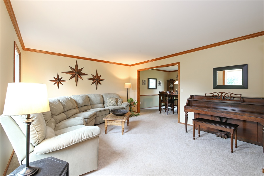 Real Estate Photography - 910 Manley, St Charles, IL, 60174 - Family Room