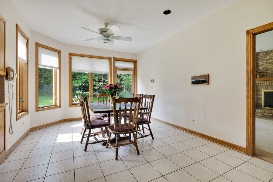 Real Estate Photography - 2323 Old Glenview Rd, Wilmette, IL, 60091 - Breakfast Room