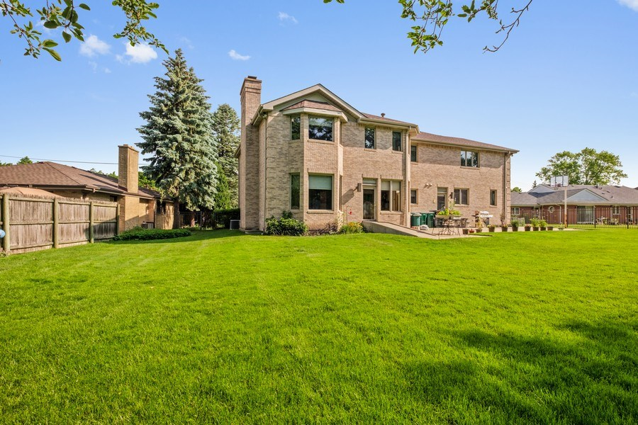 Real Estate Photography - 2323 Old Glenview Rd, Wilmette, IL, 60091 - Rear View