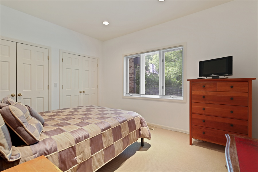Real Estate Photography - 2389 Tennyson Ln, Highland Park, IL, 60035 - Bedroom