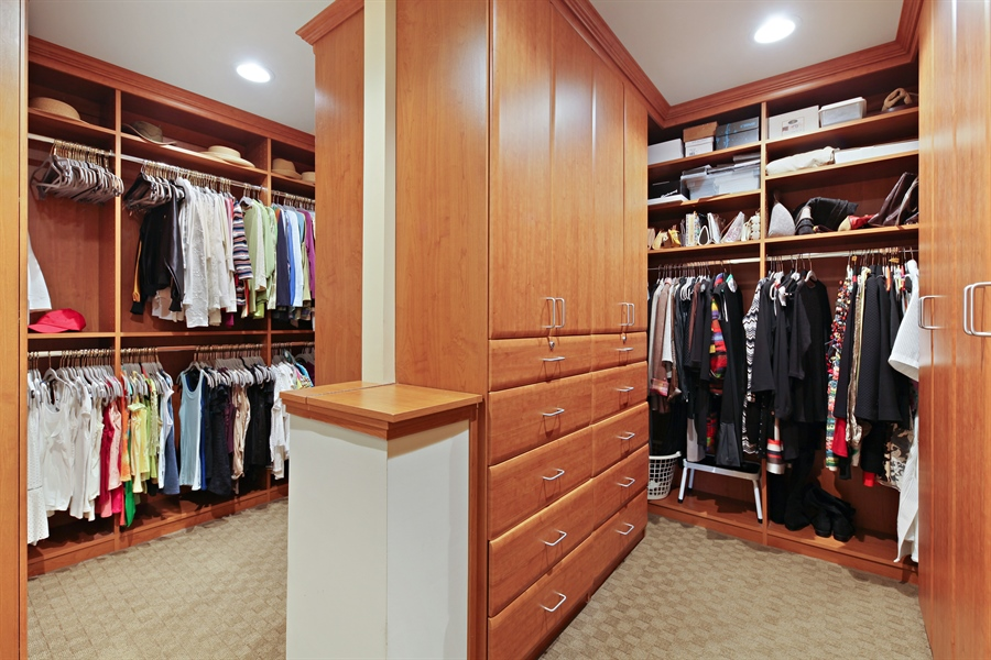 Real Estate Photography - 2389 Tennyson Ln, Highland Park, IL, 60035 - Master Bedroom Closet