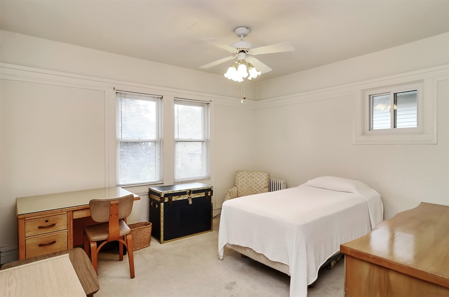 Real Estate Photography - 117 S Taylor, Oak Park, IL, 60302 - Bedroom 1