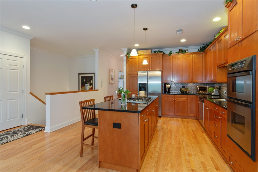 Real Estate Photography - 1654 N. Mohawk, 3, Chicago, IL, 60614 - Kitchen
