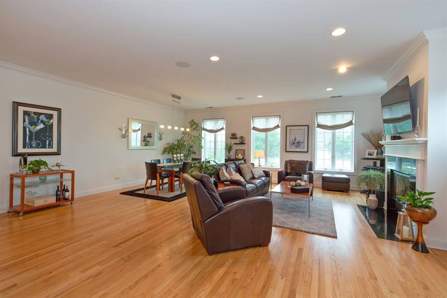 Real Estate Photography - 1654 N. Mohawk, 3, Chicago, IL, 60614 - Living Room / Dining Room