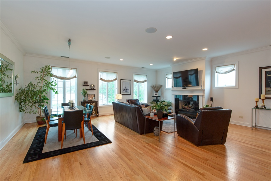 Real Estate Photography - 1654 N. Mohawk, 3, Chicago, IL, 60614 - Living Room/Dining Room
