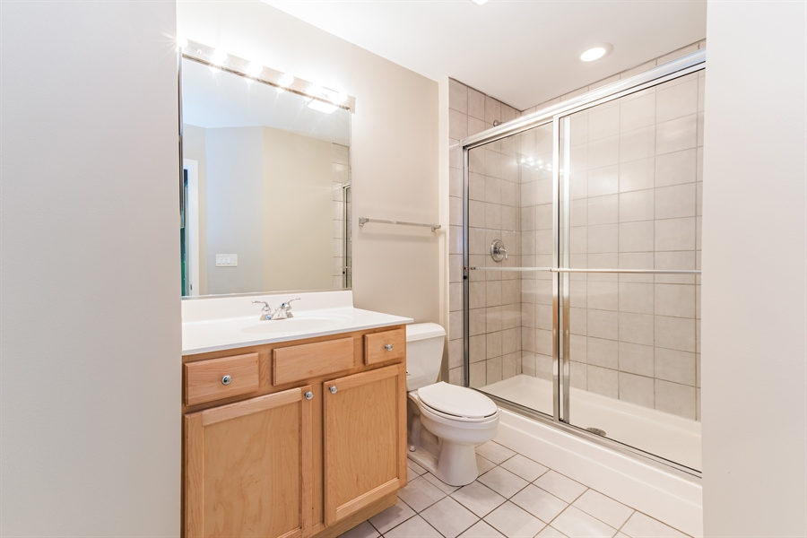 Real Estate Photography - 1151 W 14th, 102, Chicago, IL, 60608 - Master Bathroom