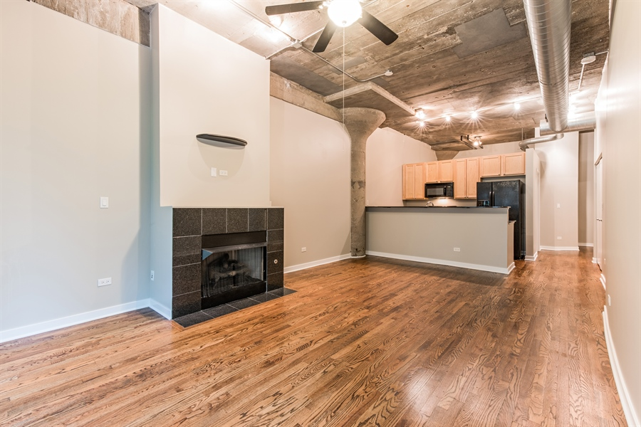 Real Estate Photography - 1151 W 14th, 102, Chicago, IL, 60608 - Living Room