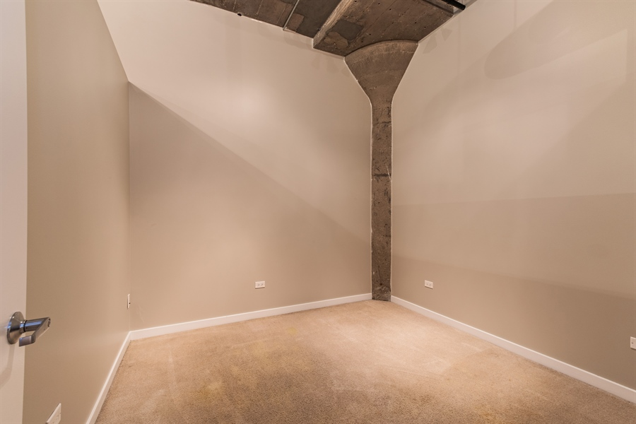 Real Estate Photography - 1151 W 14th, 102, Chicago, IL, 60608 - Bedroom