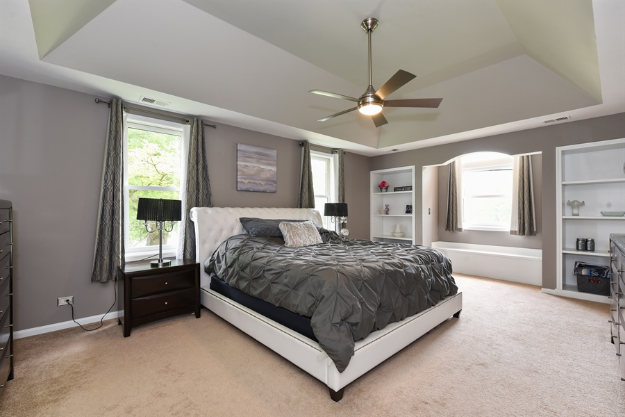 Real Estate Photography - 1587 Far Hills Dr, Bartlett, IL, 60103 - Spacious Master Bedroom