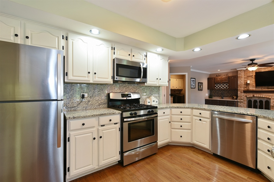 Real Estate Photography - 1587 Far Hills Dr, Bartlett, IL, 60103 - Open Concept Living