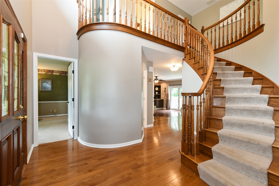 Real Estate Photography - 1587 Far Hills Dr, Bartlett, IL, 60103 - Spectacular Foyer with Architectural Wow!