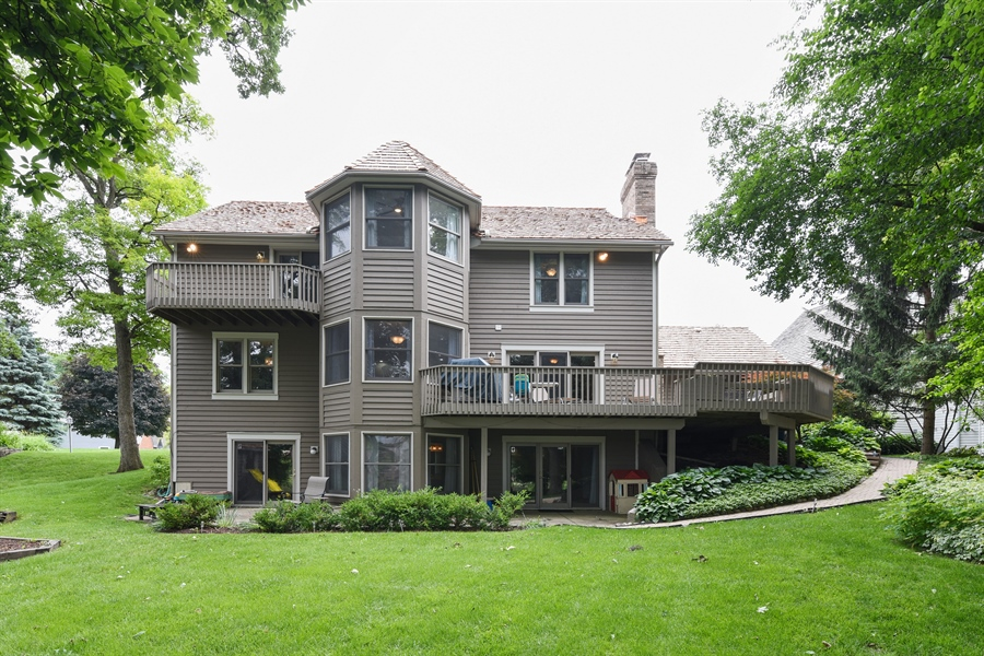 Real Estate Photography - 1587 Far Hills Dr, Bartlett, IL, 60103 - Gorgeous Rear View