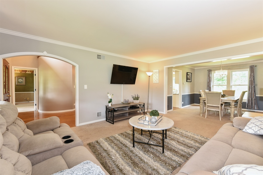 Real Estate Photography - 1587 Far Hills Dr, Bartlett, IL, 60103 - Living Room/Dining Room Combo
