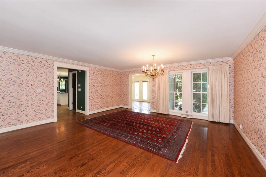 Real Estate Photography - 730 S. Garfield, Hinsdale, IL, 60521 - Dining Room