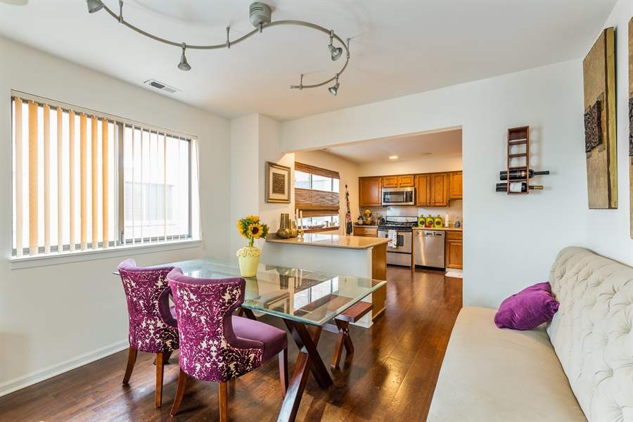 Real Estate Photography - 1651 n dayton, 304, chicago, IL, 60614 - Dining Room
