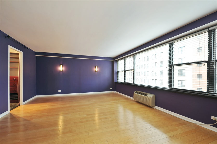 Real Estate Photography - 850 N Dewitt Pl, apt 13GI, Chicago, IL, 60611 - Master Bedroom