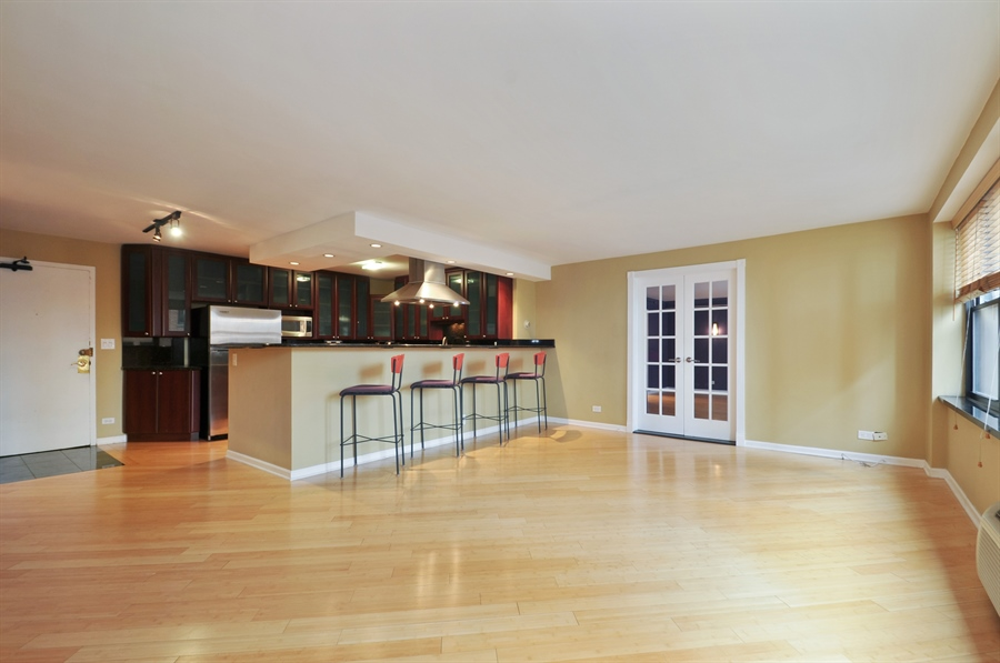 Real Estate Photography - 850 N Dewitt Pl, apt 13GI, Chicago, IL, 60611 - Kitchen / Living Room