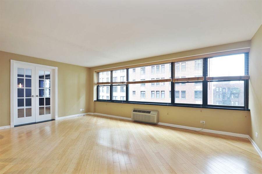 Real Estate Photography - 850 N Dewitt Pl, apt 13GI, Chicago, IL, 60611 - Living Room / Dining Room