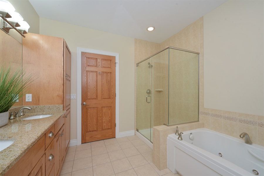 Real Estate Photography - 6089 S Dune Harbor Dr, Portage, IN, 46368 - Master Bathroom