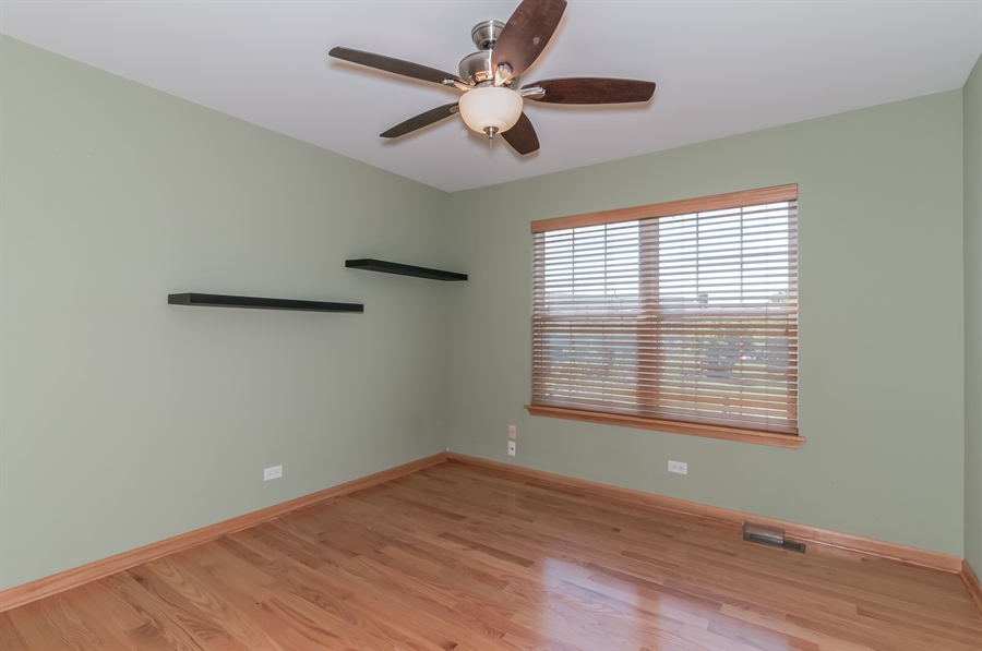 Real Estate Photography - 206 Westminster, Bloomingdale, IL, 60108 - 2nd Bedroom