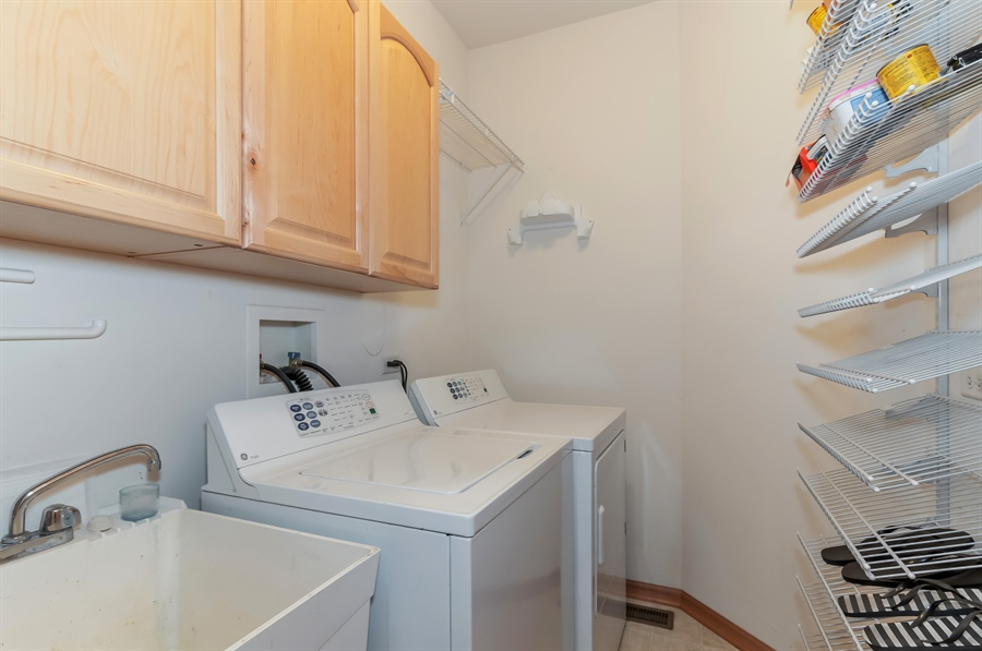 Real Estate Photography - 206 Westminster, Bloomingdale, IL, 60108 - Laundry Room