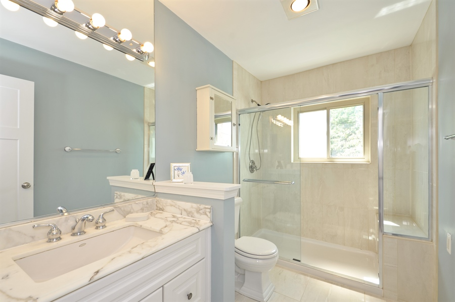 Real Estate Photography - 1835 N Halsted, unit 4, Chicago, IL, 60614 - Master Bathroom