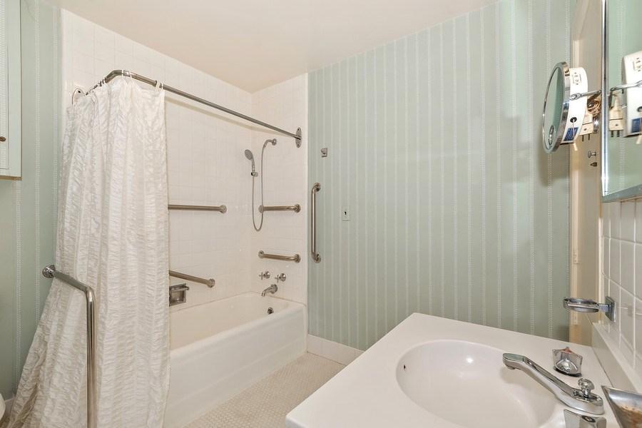Real Estate Photography - 349 Woodland, Highland Park, IL, 60035 - Master Bathroom