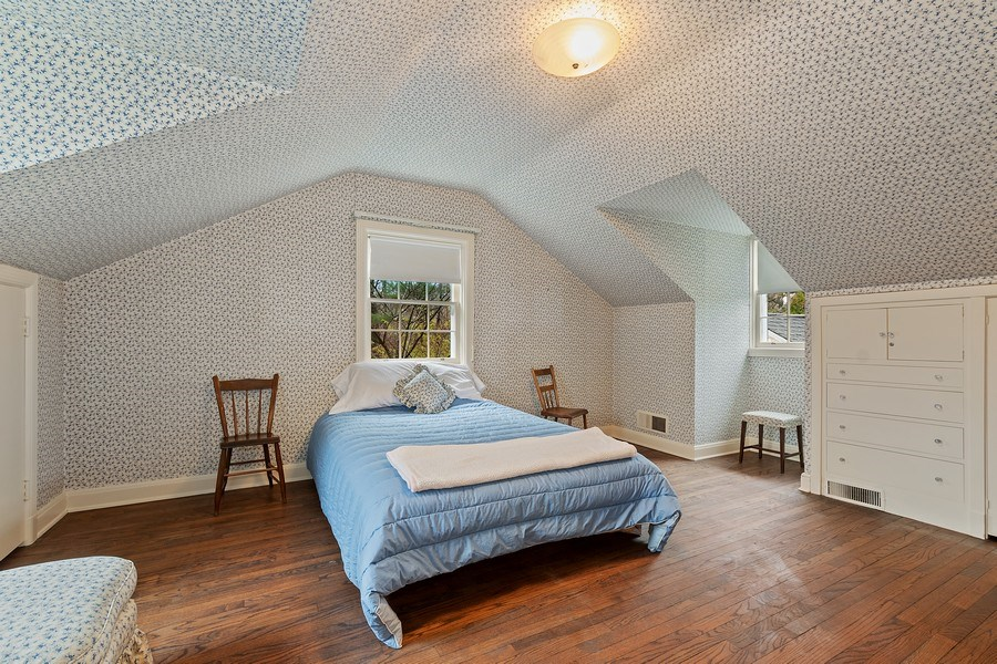 Real Estate Photography - 349 Woodland, Highland Park, IL, 60035 - 2nd Bedroom