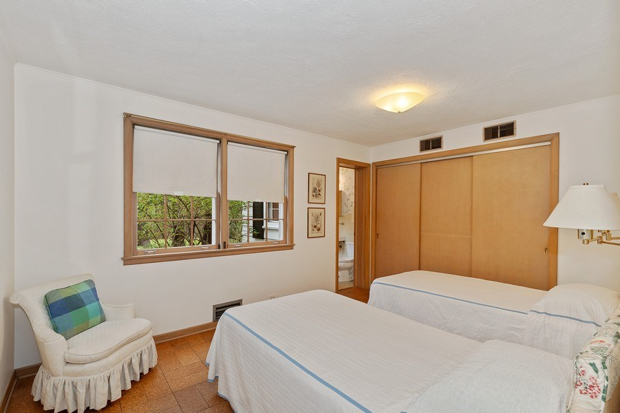 Real Estate Photography - 349 Woodland, Highland Park, IL, 60035 - 5th Bedroom