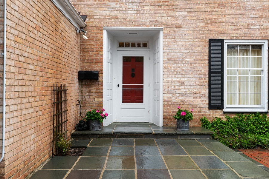 Real Estate Photography - 349 Woodland, Highland Park, IL, 60035 - Entryway