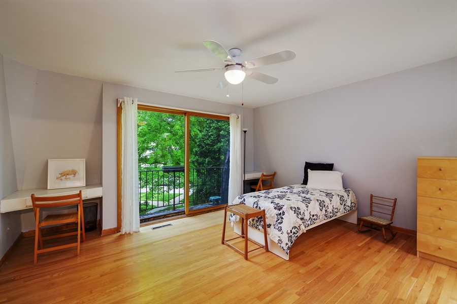 Real Estate Photography - 214 17th St, Wilmette, IL, 60091 - Second Bedroom