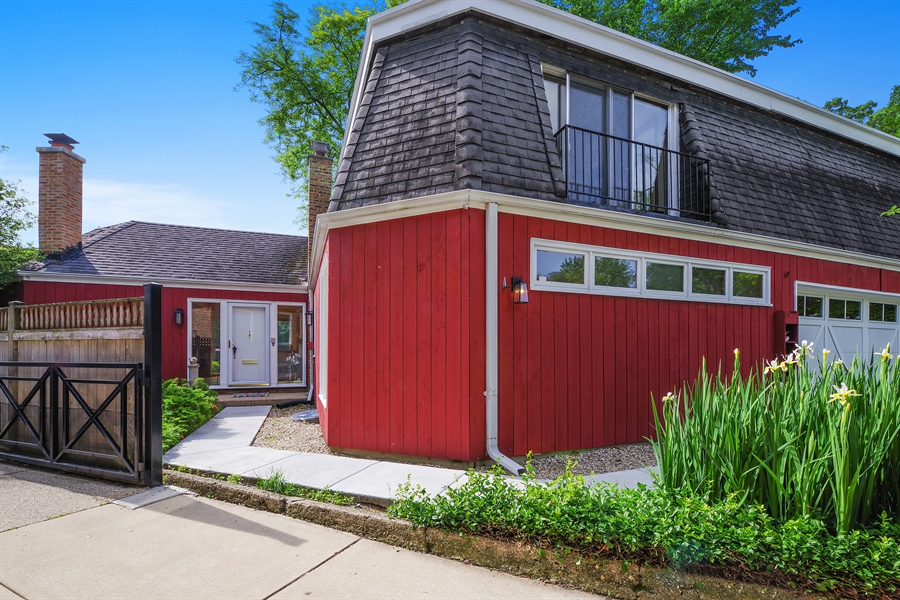 Real Estate Photography - 214 17th St, Wilmette, IL, 60091 - Garage and Side Entrance