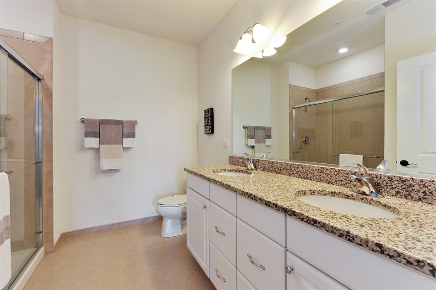 Real Estate Photography - 2701 Common Dr., 207, Glenview, IL, 60026 - Master Bathroom