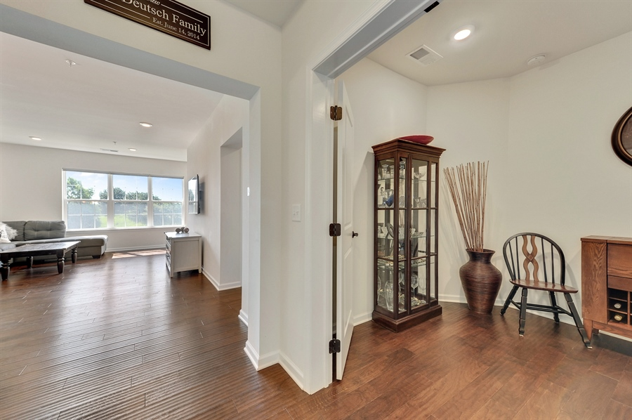 Real Estate Photography - 2701 Common Dr., 207, Glenview, IL, 60026 - Den