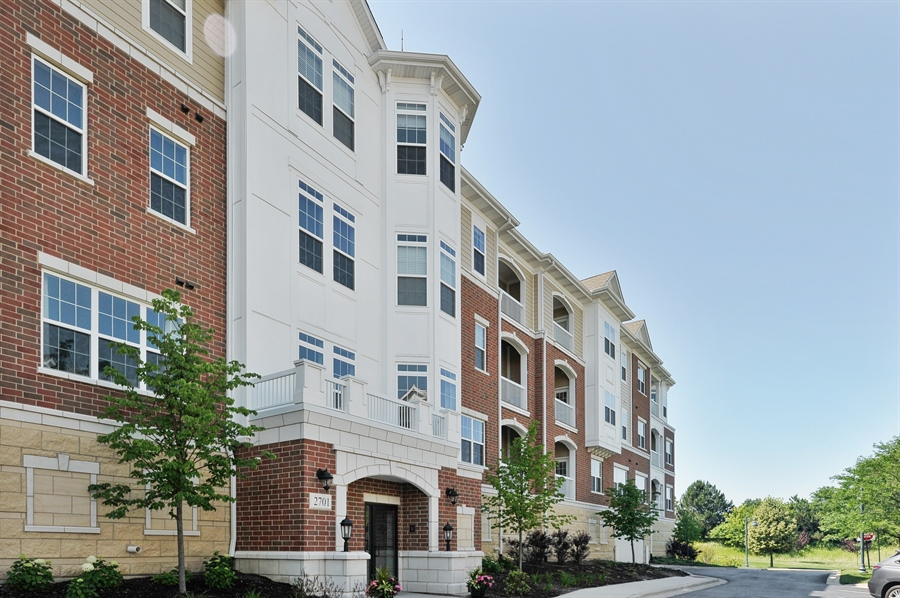 Real Estate Photography - 2701 Common Dr., 207, Glenview, IL, 60026 - Front View